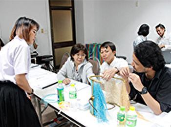 สาขาวิชาการออกแบบผลิตภัณฑ์สร้างสรรค์ ตรวจ thesis (80%)