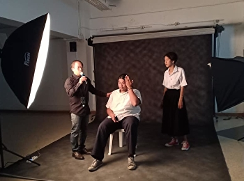 Training on lighting and portraiture