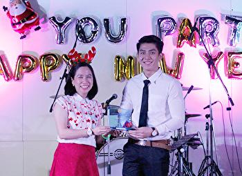 คณะศิลปกรรมศาสตร์ มอบโล่รางวัลแก่นักศึกษา ประจำปี 2561