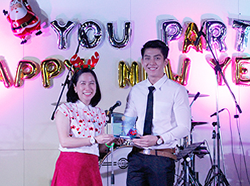 Faculty of Fine and Applied Arts awarded a trophy for students of the year 2018