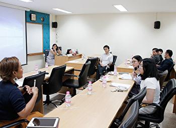ประชุมกลุ่มความรู้ KM แนวทางการพัฒนาศักยภาพนักศึกษาด้านการวิจัยศิลปกรรมสู่ความเป็นเลิศ
