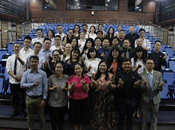 FARSSRU organize the first-orientation for Chinese students