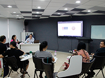 FARSSRU organized a lecture to give knowledge about the joint degree program