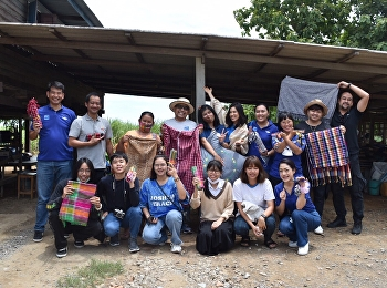 Lecturer and students of Visual Communication Design Department visited Suphan-buri area.