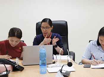 Asst. Prof. Dr. Chutima Maneewattana has taught Chinese students online. It's Master's Degree Performing Arts Program